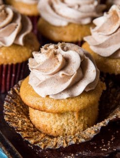 Cinnamon Cupcakes with Cinnamon Buttercream