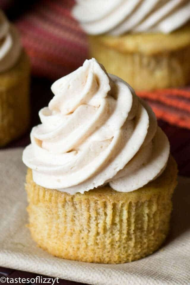 Apple Butter Buttercream Cupcakes {Easy Cupcake Recipe Idea for Fall}