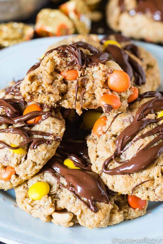 reeses-peanut-butter-oatmeal-cookies