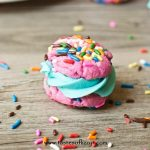 Funfetti Cake Mix Cookie Sandwiches are simply made with a cake mix and have an amazing buttercream frosting sandwiched between! Great party cookies!