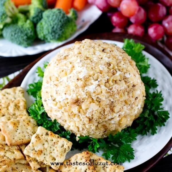 Garlic Lover's Cheese Ball