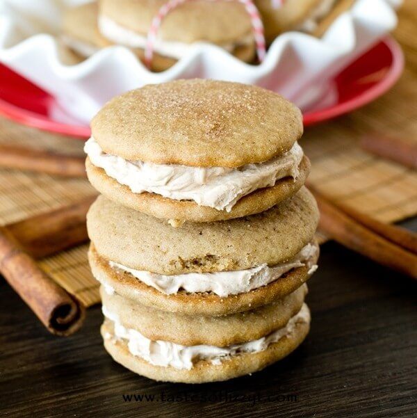 Cinnamon Buttercream Cookie Sandwiches {Soft Cinnamon Cookies}