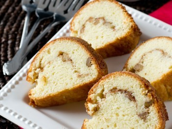Yogurt-Streusel-Coffee-Cake #keurig400 #collectivebias #ad