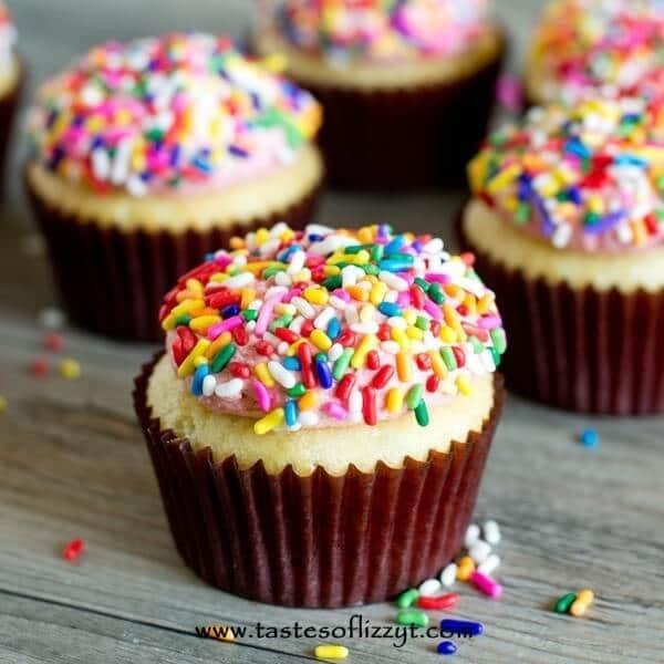 cream-cupcakes-homemade-cupcake-recipe