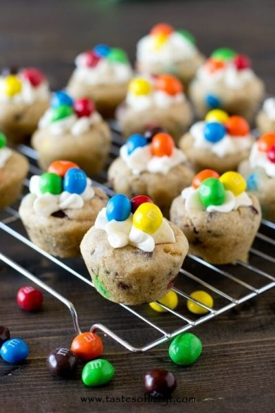 Crispy M&M Cookie Cups
