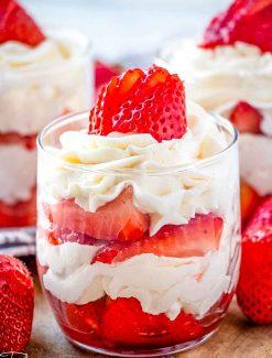 Strawberries & Cream Mini Parfaits