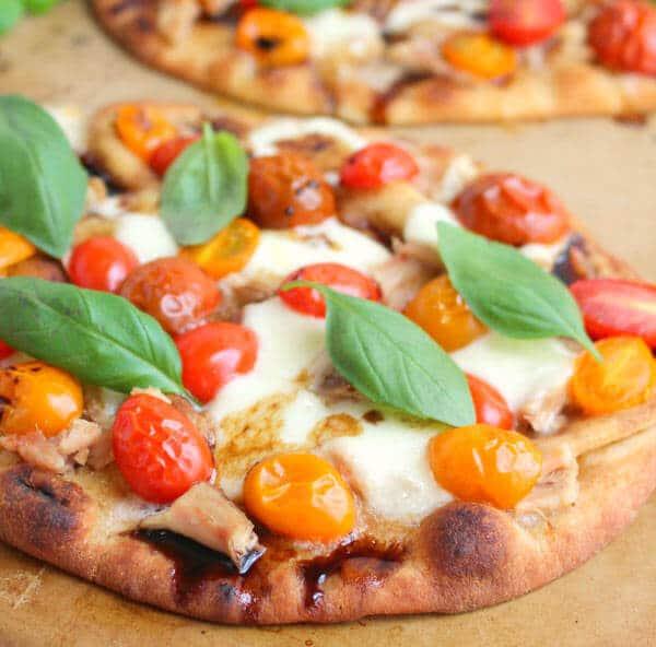 pizza with fresh mozzarella