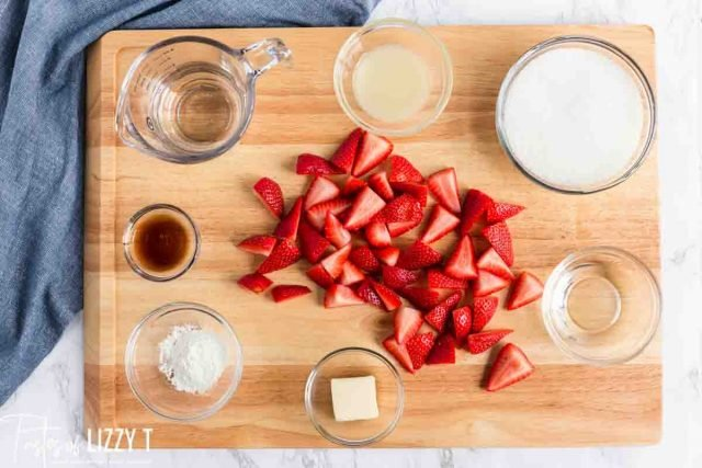 ingredients for homemade strawberry topping