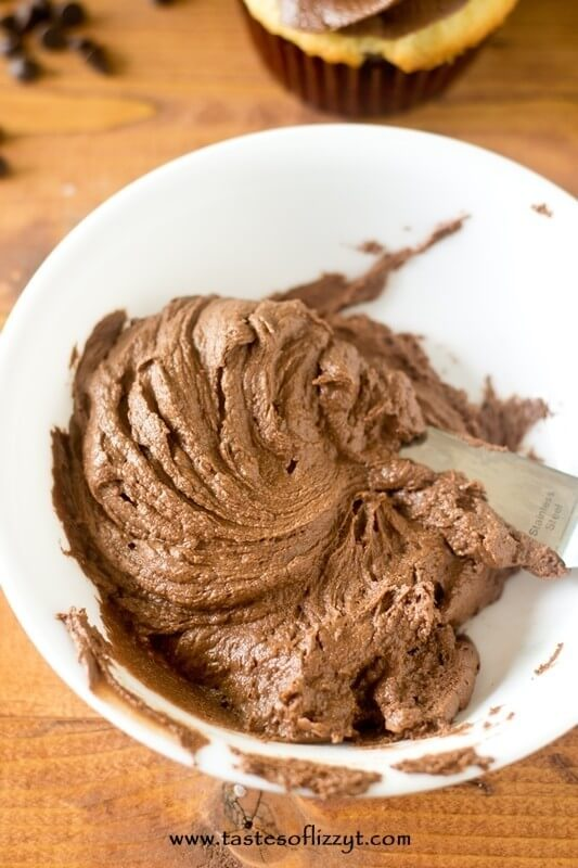 Dark chocolate frosting easy recipes