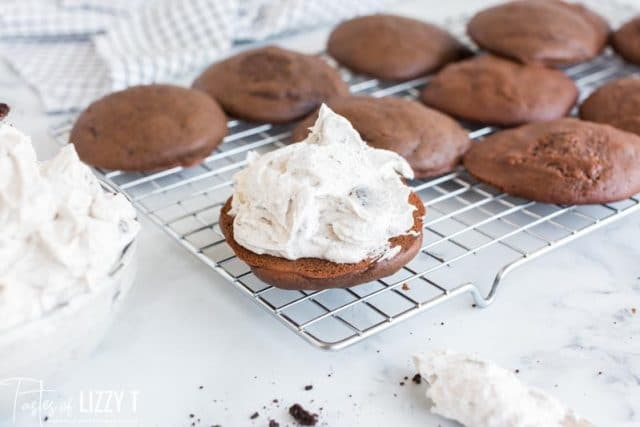 whoopie pie with top missing