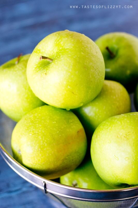 a bowl of fresh Granny Smith apples