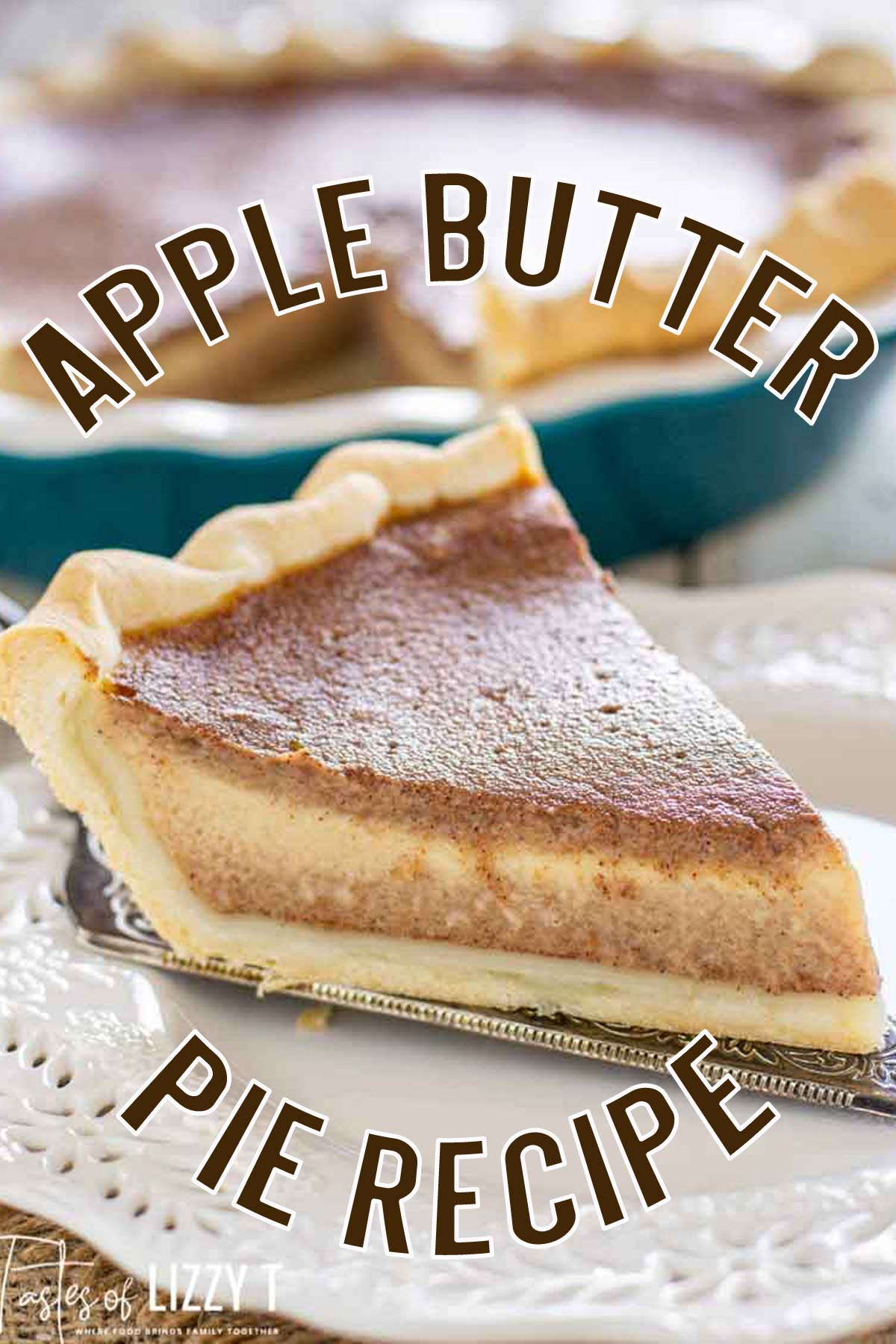 The texture of pumpkin pie with the taste of apple! Apple Butter Pie has a 5 minute filling bursting with traditional fall flavor. via @tastesoflizzyt