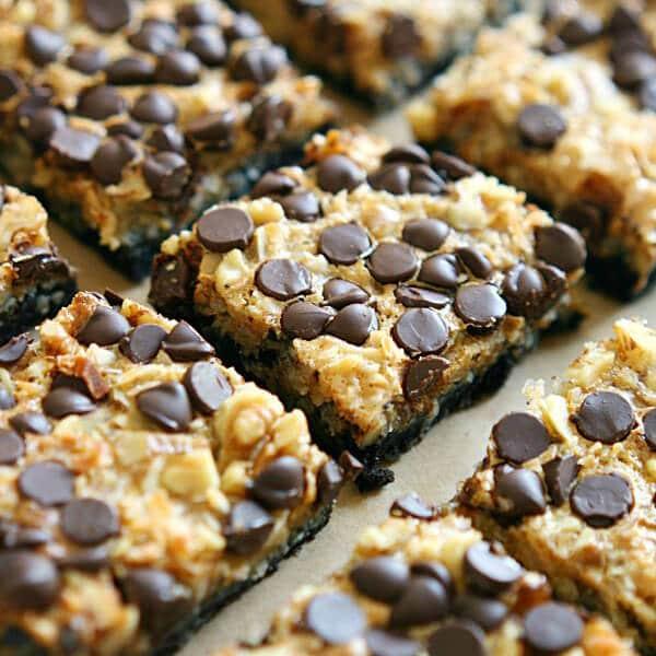 pumpkin spice Oreo magic cookie bars