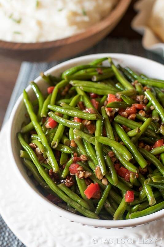 Green Beans with Toasted Pecans