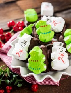 Chocolate Peanut Butter Marshmallow Bars are a fun treat for kids to make and eat. They'll love the class, sweet and salty flavor combination! Uses PEEPS® Marshmallow Snowmen and Marshmallow Trees #Peepsonality @PeepsBrand