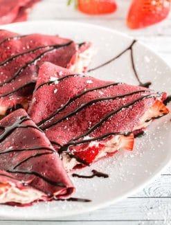 red-velvet-crepes