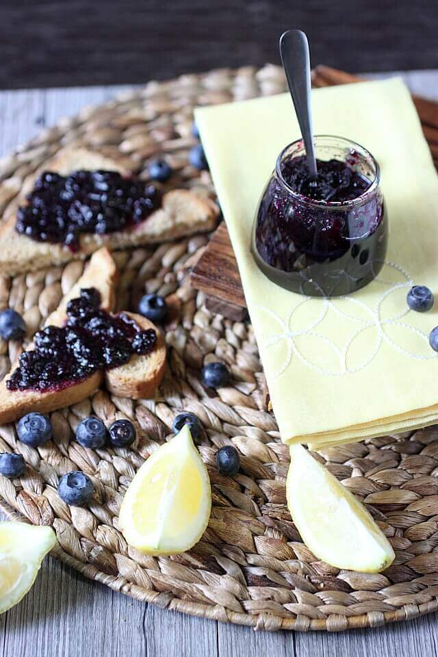 blueberry-lemon-refrigerator-jam