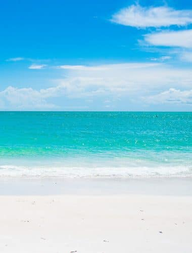 Planning a vacation to Anna Maria Island, Florida? Here are the top things to do on Anna Maria Island! Whether you are having a family vacation, a girl's getaway, or a romantic weekend for two, you'll love all that Anna Maria Island has to offer.