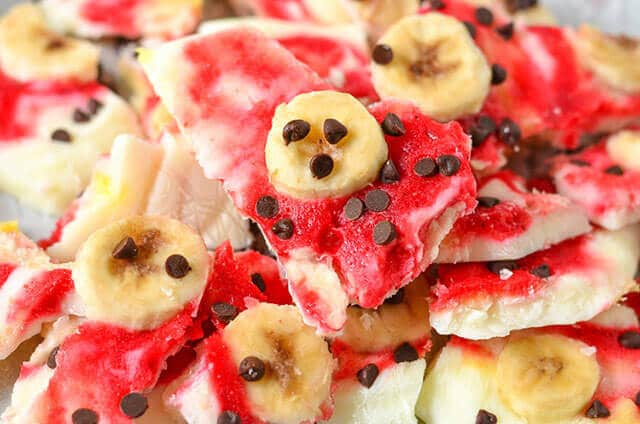 frozen yogurt bark with bananas