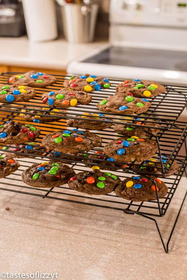 stackable cookie cooling racks
