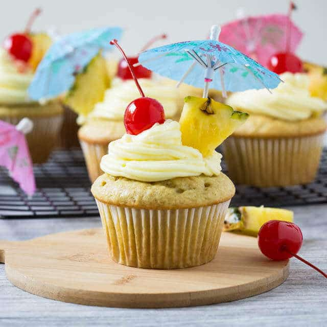 Cupcake on a wooden plate