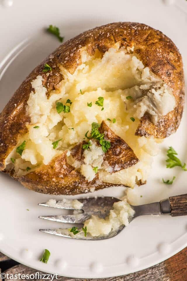 the best oven baked potatoes with crispy skin