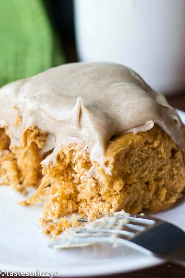 pumpkin spice cinnamon rolls with cream cheese frosting