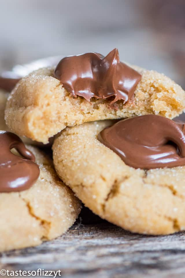 nutella-thumbprint-cookies
