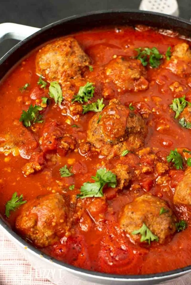 A close up of a bowl of meatballs