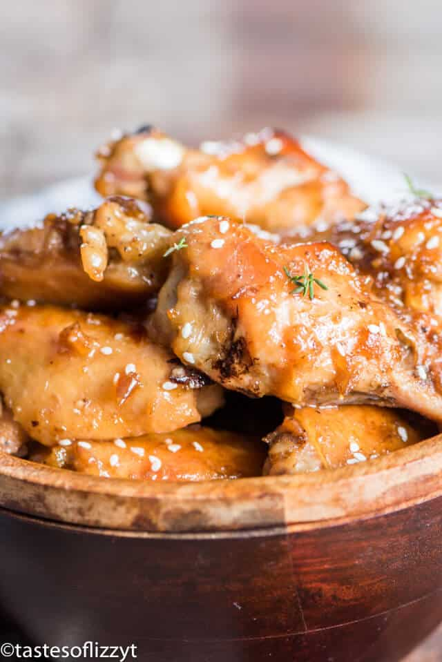 A close up of chicken wings