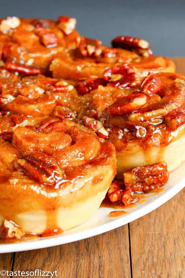 Caramel Pecan Sticky Buns {Homemade Breakfast Roll Recipe}