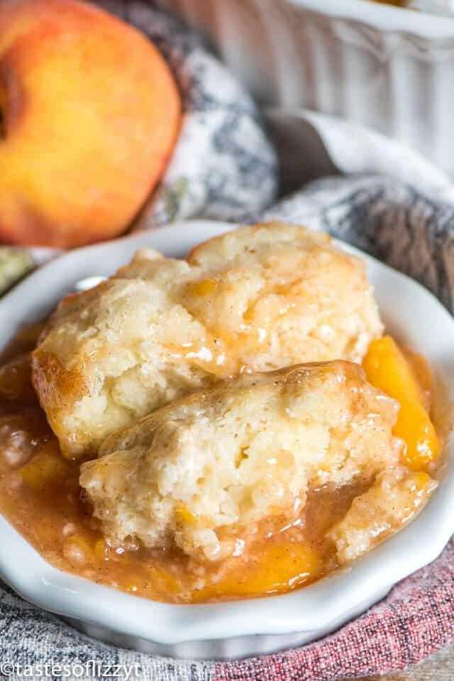 the best peach cobbler recipe in a bowl