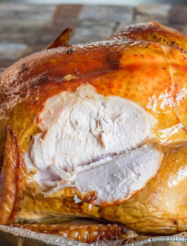 How to make a juicy smoked turkey