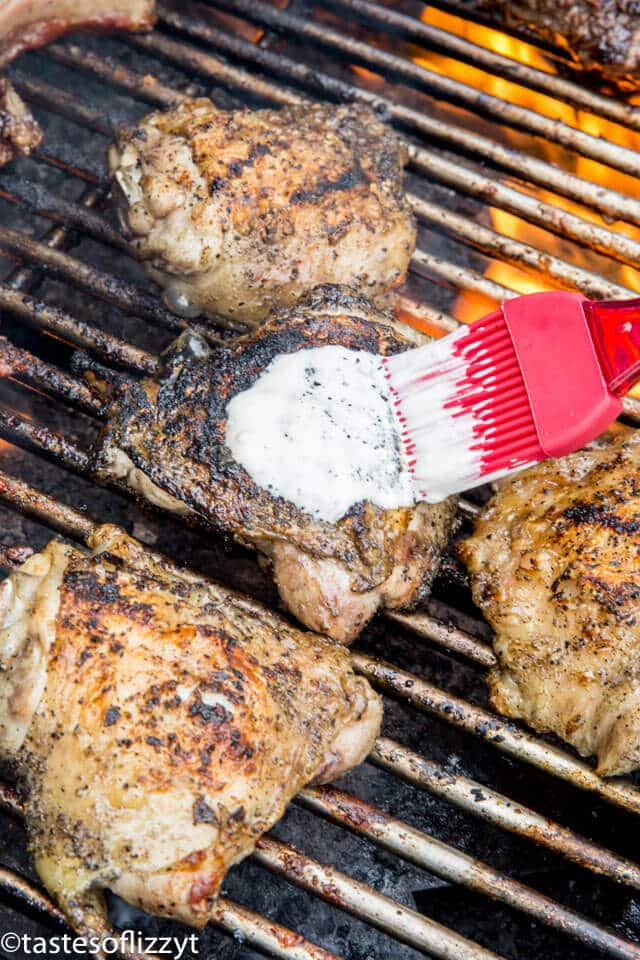grilled chicken thighs with white bbq sauce