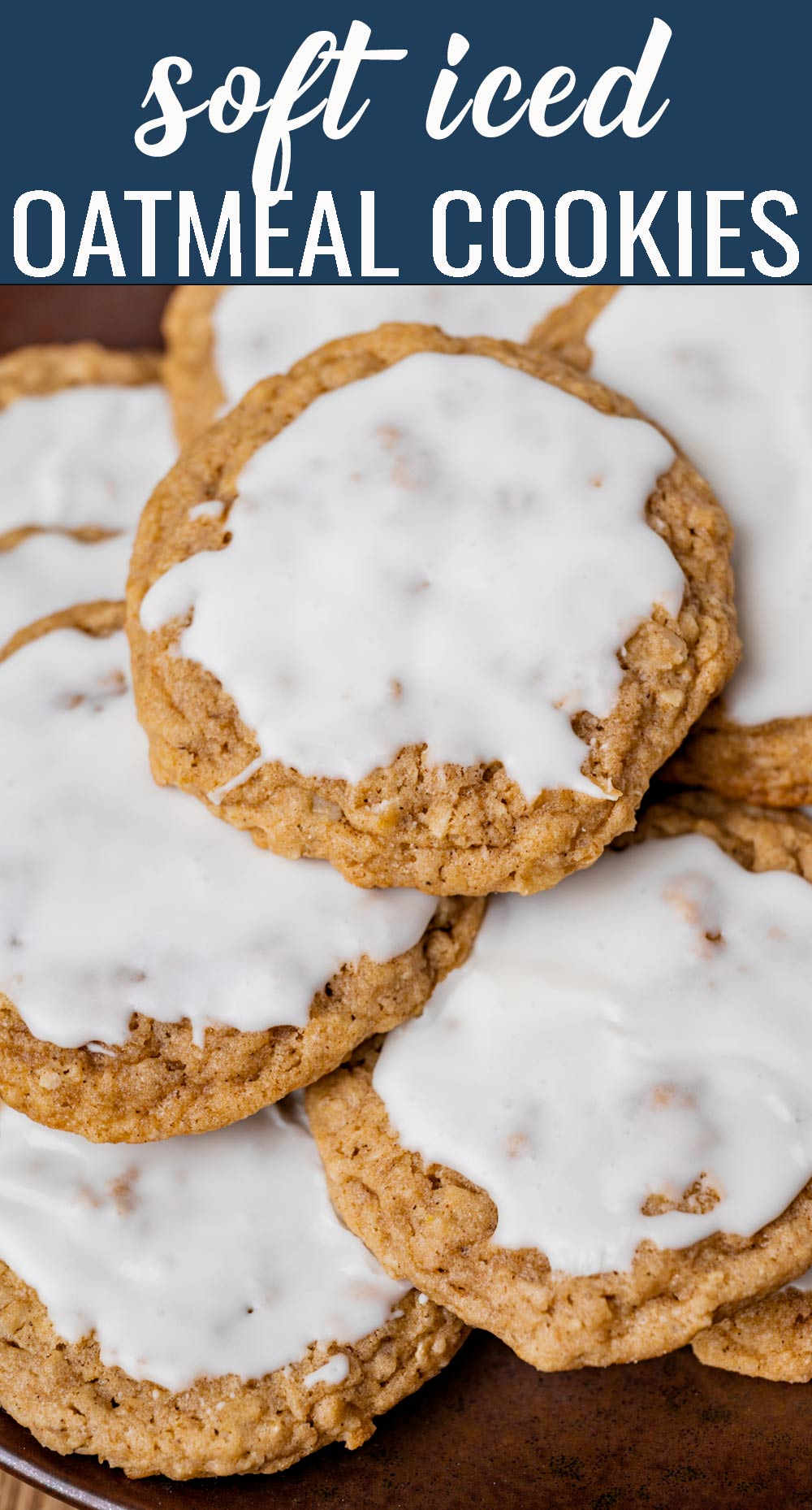 There's nothing like an old fashioned oatmeal cookie! These iced oatmeal cookies are easy to mix up and the perfect after school snack for your kids. via @tastesoflizzyt