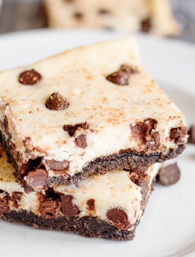 Chocolate Chip Eggnog Bars Recipe with Oreo Crust