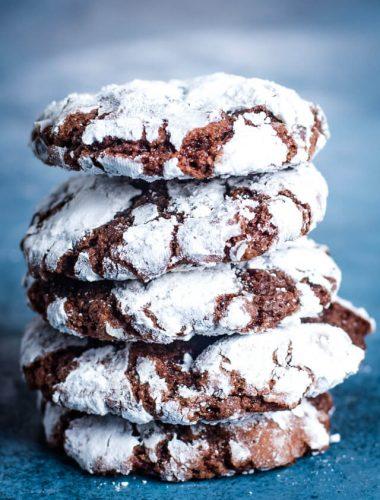 stack of chocolate crinkle cookies