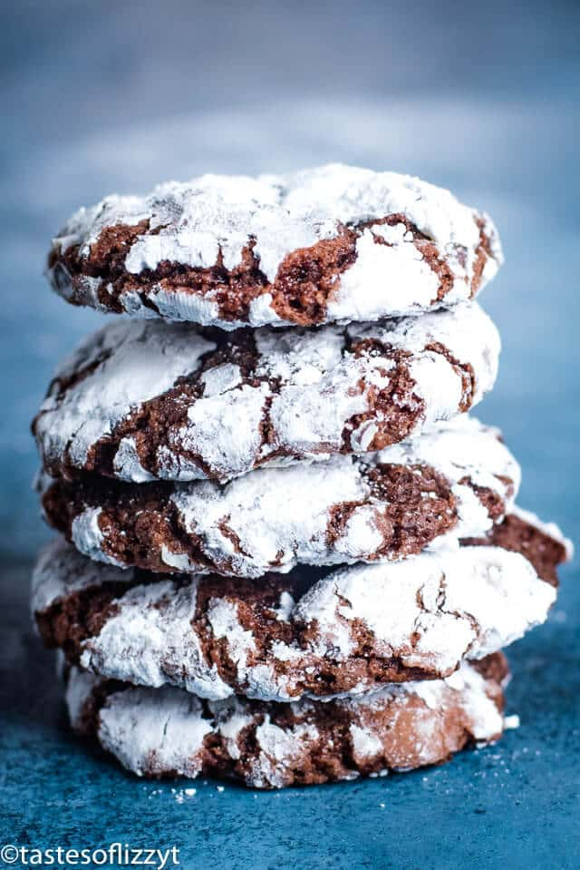 stack of chocolate crinkle cookies