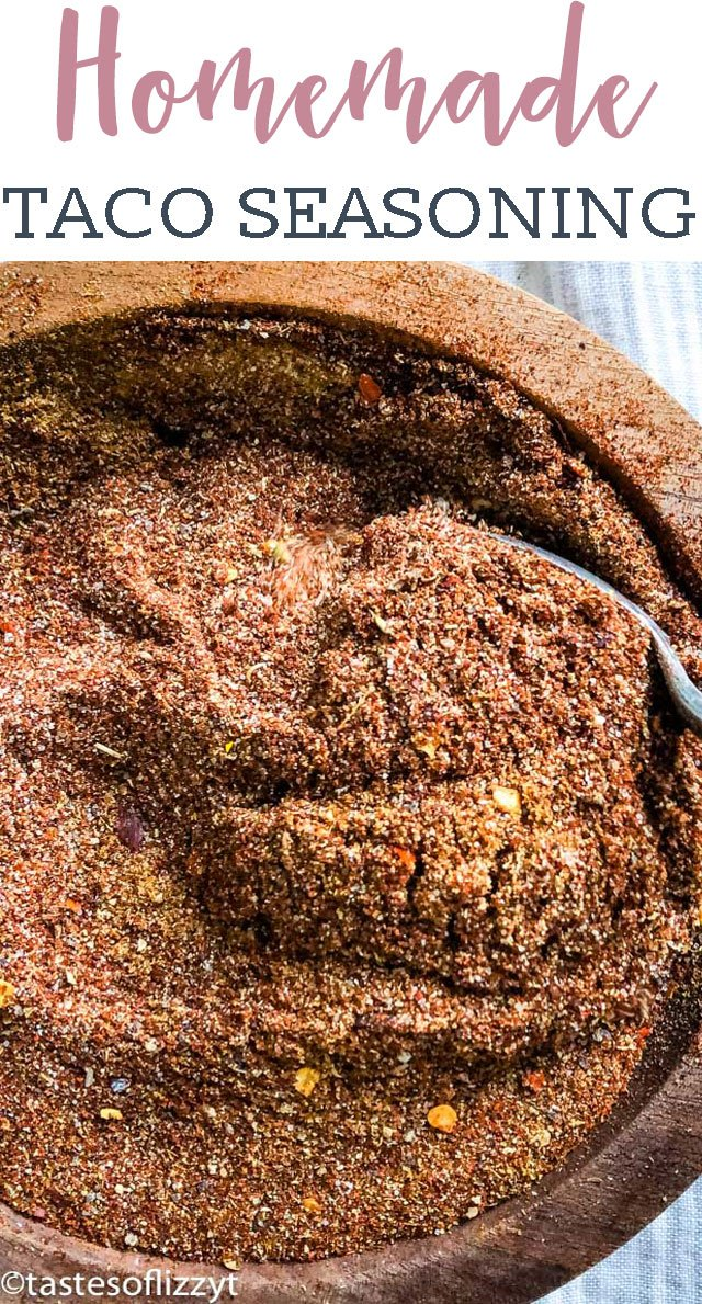 No sugar added! Make up a bulk mix of this healthy Homemade Taco Seasoning for an easy mexican dinner and great taco flavor. via @tastesoflizzyt
