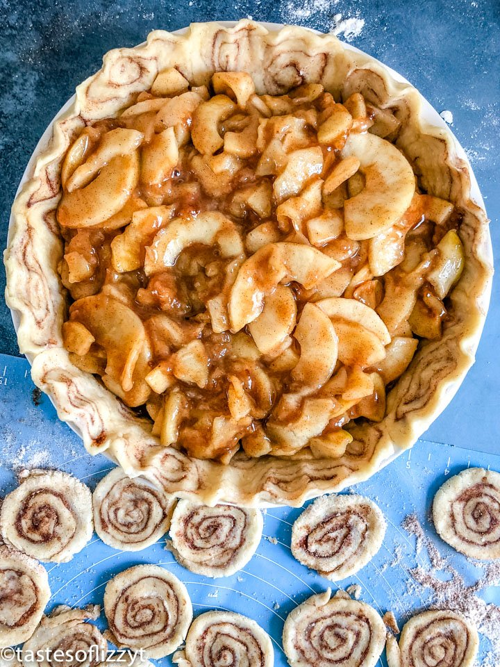 pie crust filled with cinnamon apples