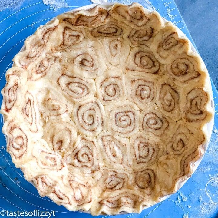 Cinnamon Roll Pie Crust in pie plate