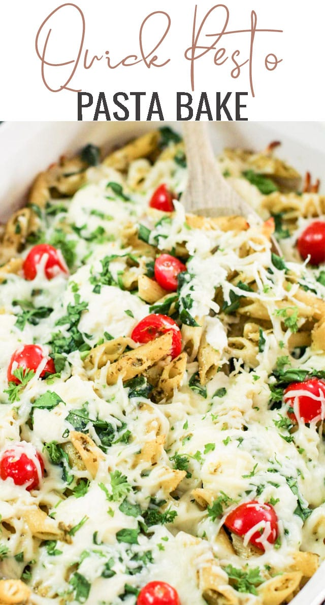Pesto pasta bake is the perfect Meatless Monday recipe that the whole family will love. An easy 30 minute dinner recipe. #pesto #pasta #vegetarian via @tastesoflizzyt