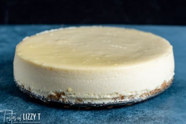 whole cheesecake on a plate