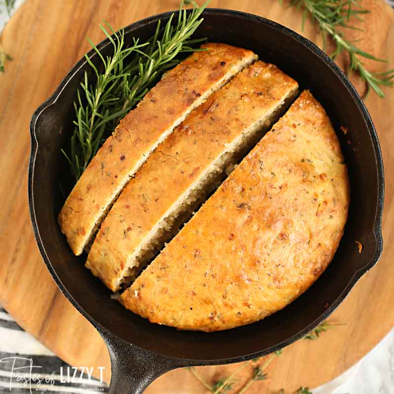 No Knead Skillet Bread with thyme
