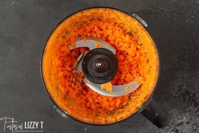 carrots in a food processor