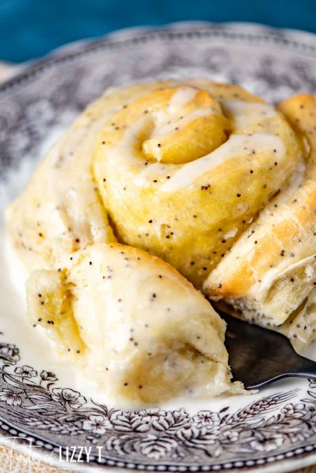 poppy seed roll on a plate