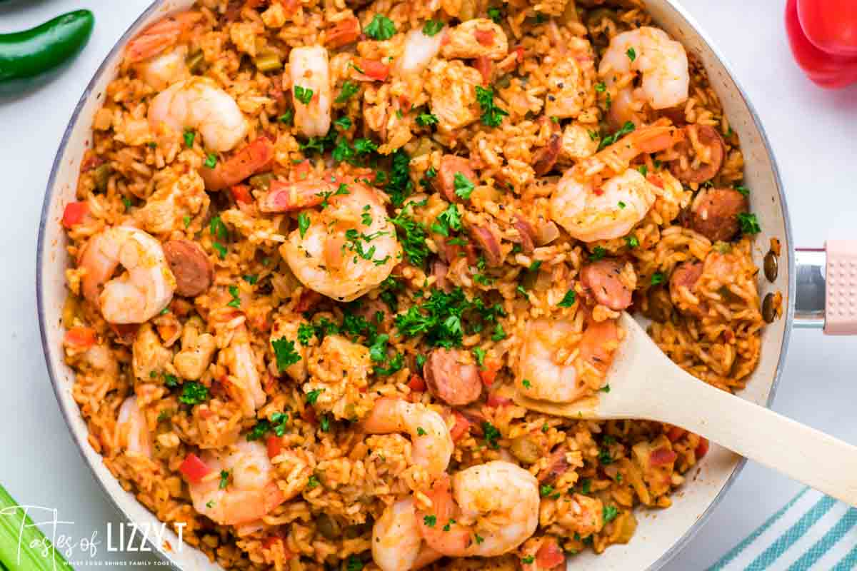 traditional jambalaya in a skillet