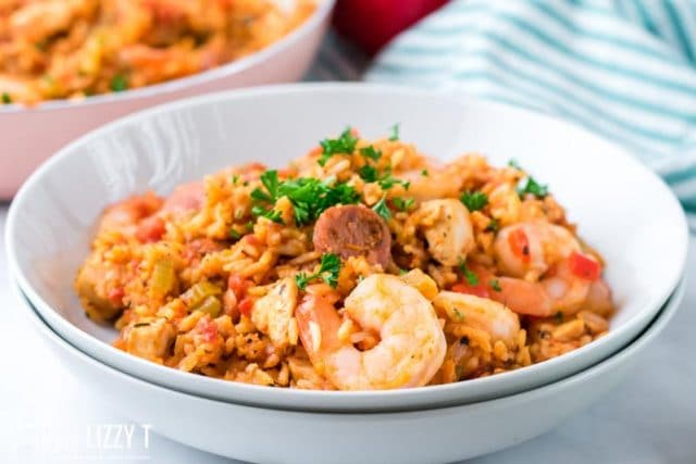 bowl of jambalaya with shrimp