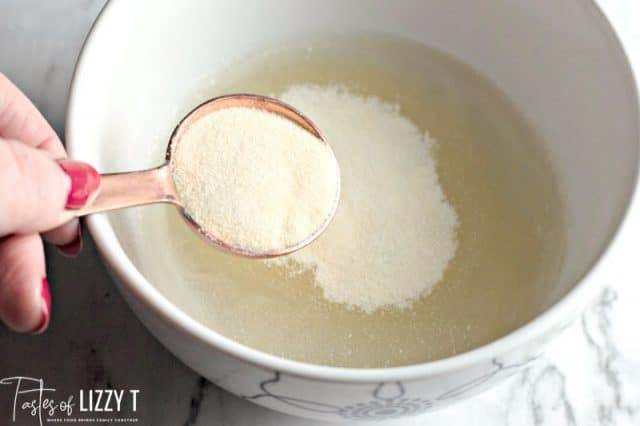 gelatin in water