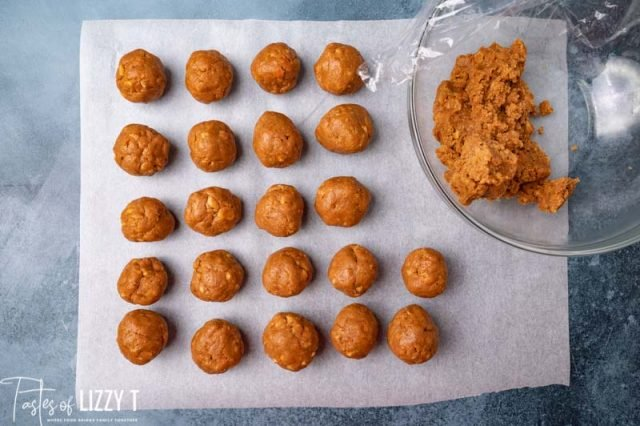 balls of nutter butter truffle filling